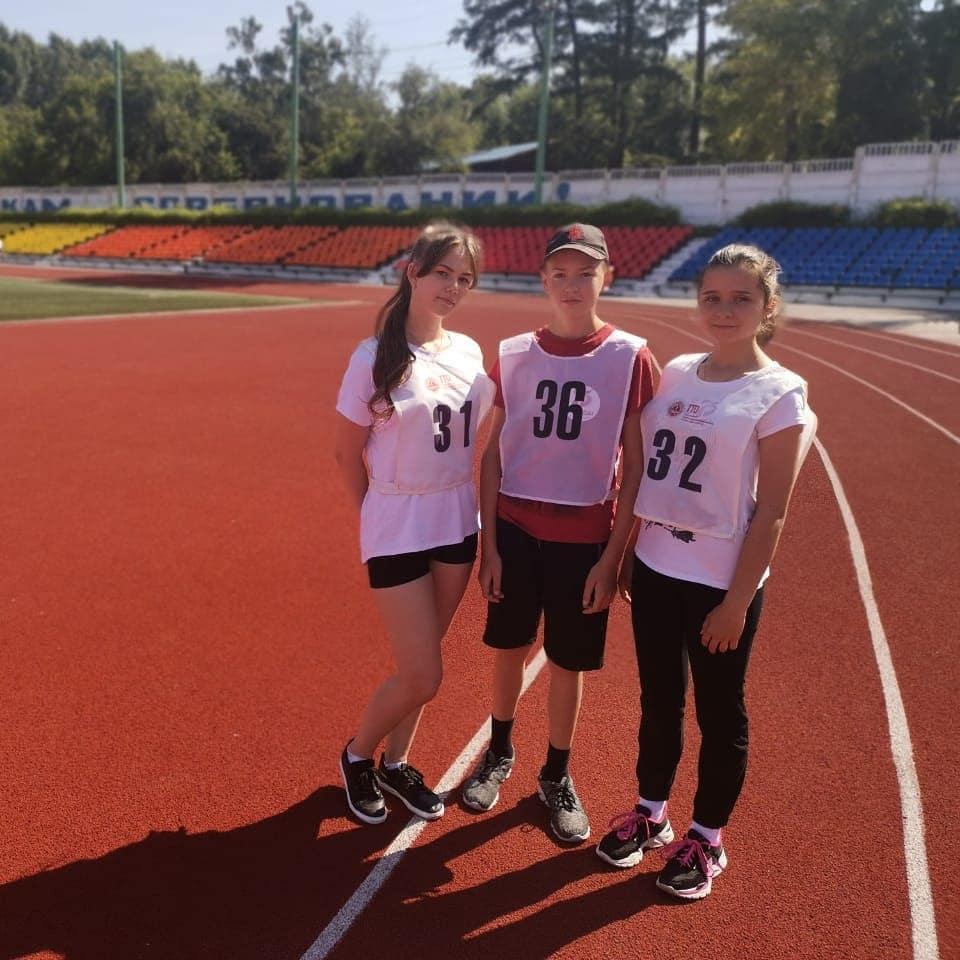 Участники легкоатлетической эстафеты