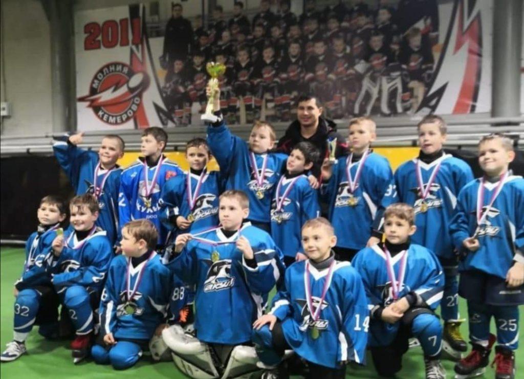 Хоккейная команда Акулы 2013